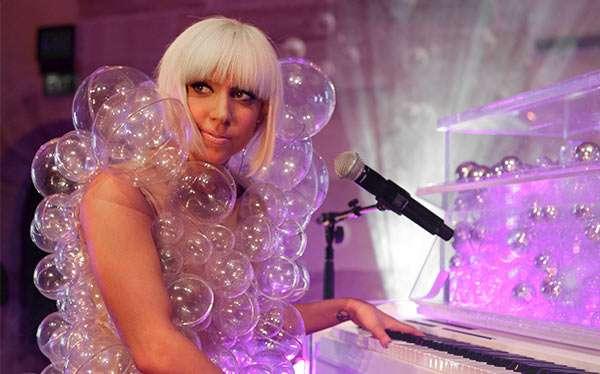 """Bubbles"" Lady Gaga Kostüm selber machen"