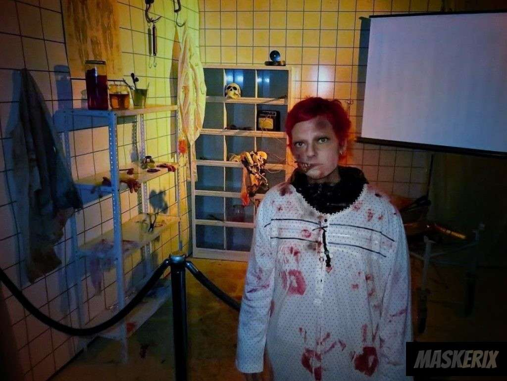 maskerix - Zombie Halloween Kostüm selber machen
