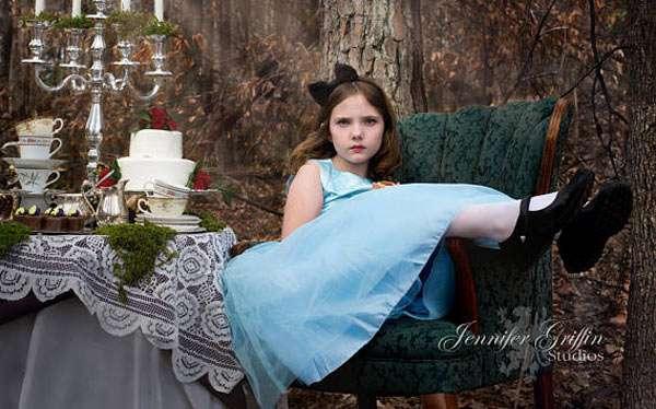 Alice im Wunderland Kostüm selber machen