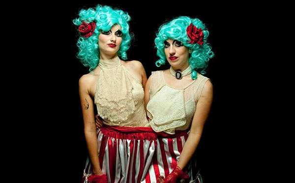 Siamesische Zwillinge Kostüm selber machen
