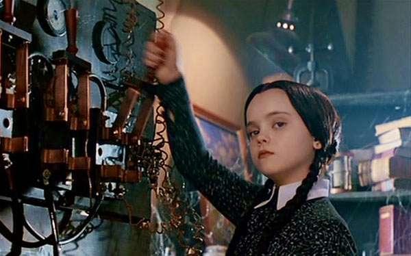 Wednesday Addams Kostüm selber machen