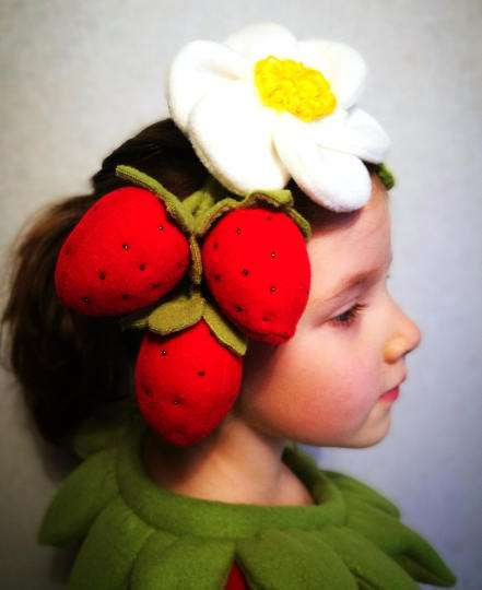 Erdbeere Kostüm selber machen - Stirnband
