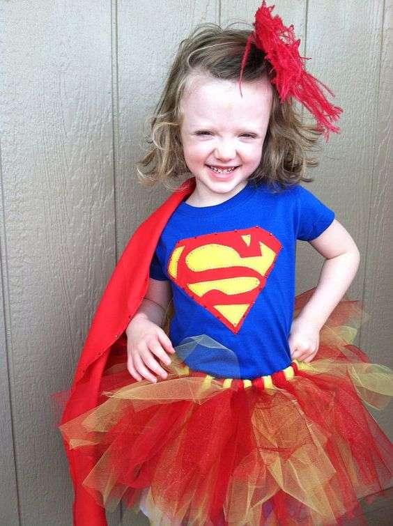 Etsy - Supergirl Kostüm selber machen