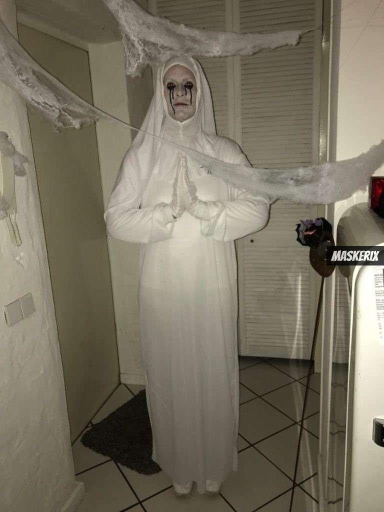 maskerix - Foto Contest Karneval 2018 - American Horror Story weiße Nonne Kostüm selber machen