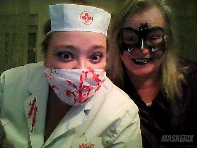 maskerix - Gruselige Krankenschwester Kostüm selber machen