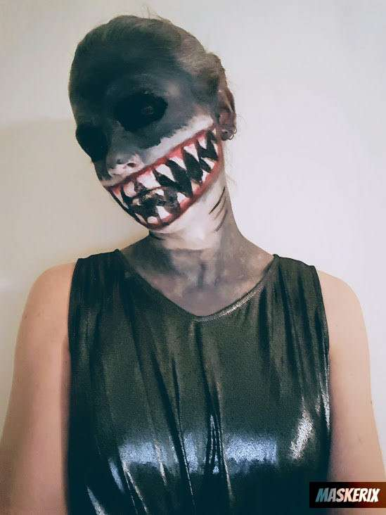 maskerix - Hai Kostüm Make Up selber machen