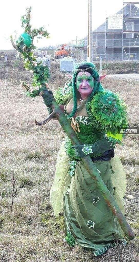 maskerix - Foto Contest Karneval 2018 - Nachtelfe Druidin Kostüm selber machen