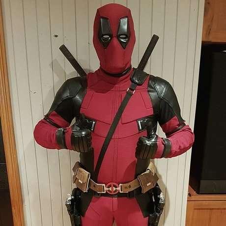 Etsy - Deadpool Kostüme selber machen