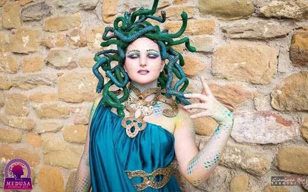Medusa Kostüm Selber Machen Diy Anleitung Maskerixde