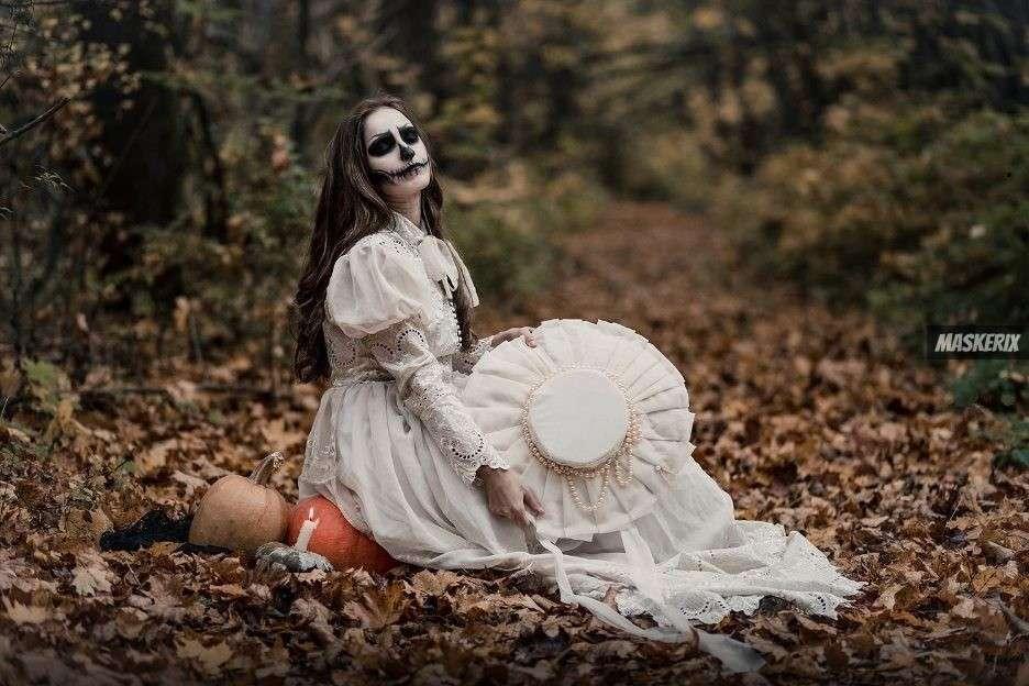 maskerix - Halloween Foto Contest 2018 - Skelett3