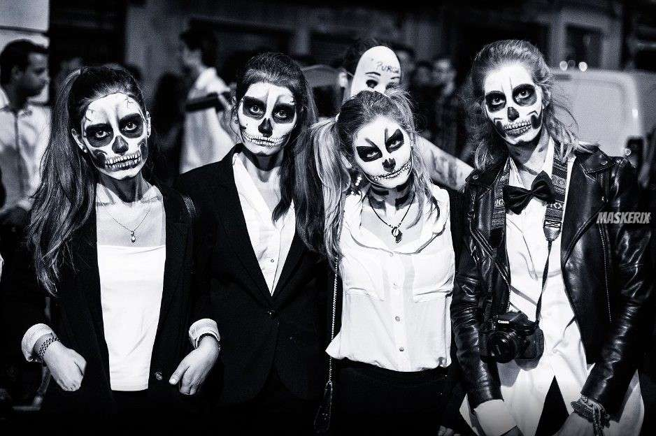 maskerix - Halloween Foto Contest 2018 - Skelett5