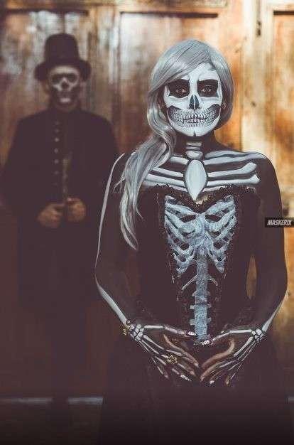 maskerix - Halloween Foto Contest 2018 - Skelett2