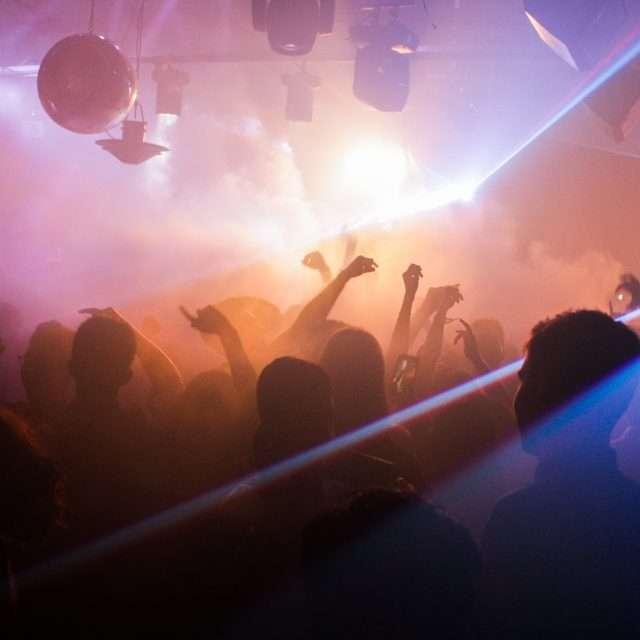 maskerix - Junggesellinnen-Abschied Ideen für Frauen - Bar Tour