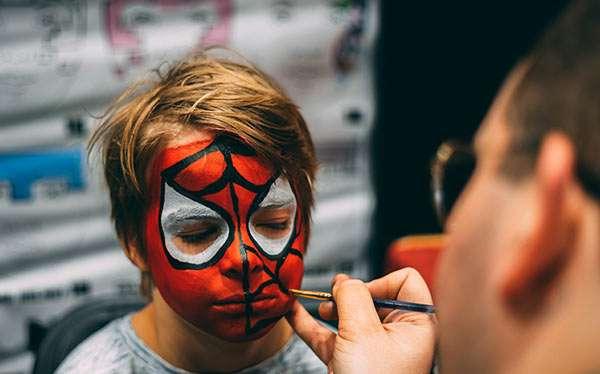 Schminktipps Halloween Kinder.Einfache Halloween Schminkideen Fur Kinder Kids Make Up Maskerix De