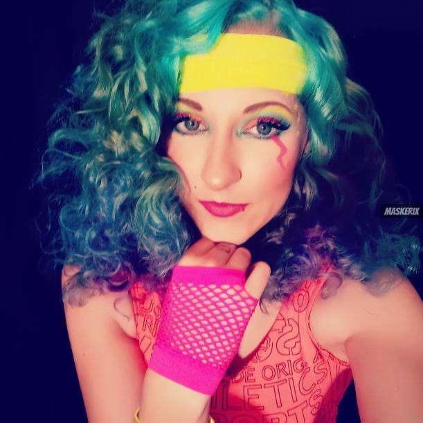 maskerix - Karneval-Foto-Contest 2020 - 80s Kostüm selber machen