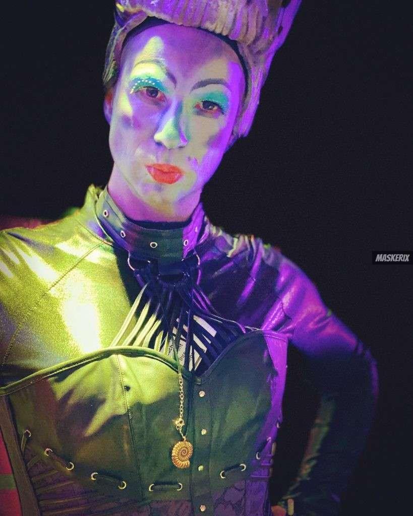maskerix - Karneval-Foto-Contest 2020 - Alice im Wunderland Kostüm selber machen
