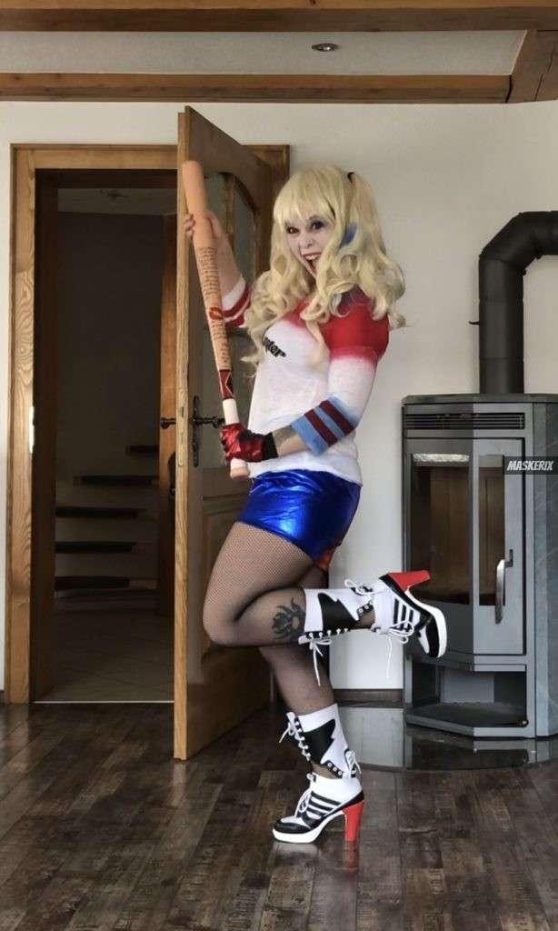 maskerix - Karneval-Foto-Contest 2020 - Harley Quinn Kostüm selber machen2
