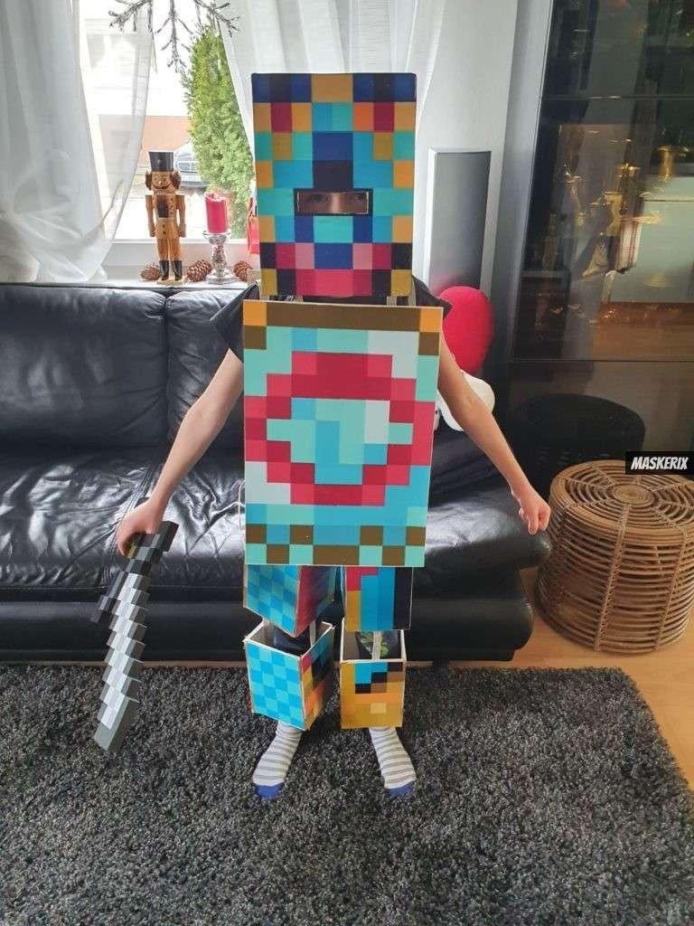 maskerix - Karneval-Foto-Contest 2020 - Minecraft Kostüm selber machen